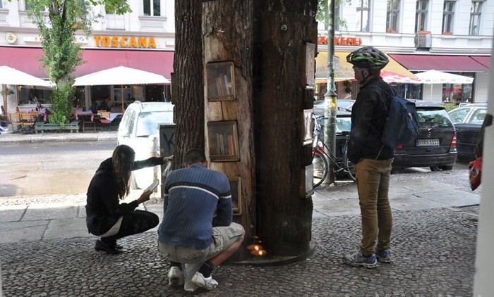 Book-tree-5 (700x422, 120Kb)