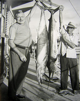 hemingway-with-kingfish-marlin (300x370, 37Kb)
