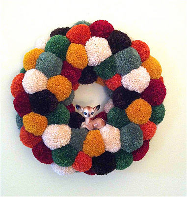 pom pom wreath deer (381x400, 76Kb)