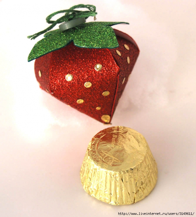 3149611_klybnichka_tethered_Paper_Strawberry_Yum_11 (633x700, 276Kb)