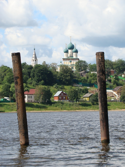 1345756590_201207181_Cathedral_of_the_Resurrection_Volgariver_TUTAEV_Paul_V_LashkevichDSC00321 (525x700, 188Kb)