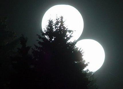 две луны 27 августа 2012/3518263_lyna (429x310, 65Kb)