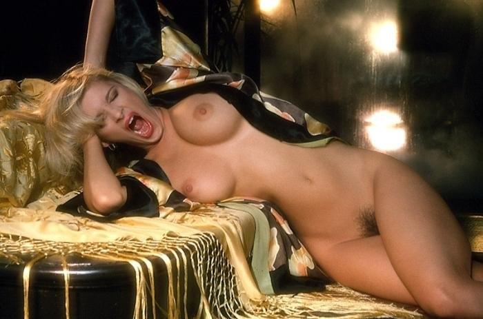 Интимная Сцена С Ксенией Радченко – Пикап: Съём Без Правил (2009)