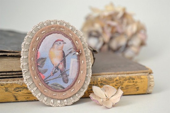 Vintage-bird-print-brooch-by-xxxredstichtxxx-Imaginative-Bloom-Flickr-group (550x367, 65Kb)