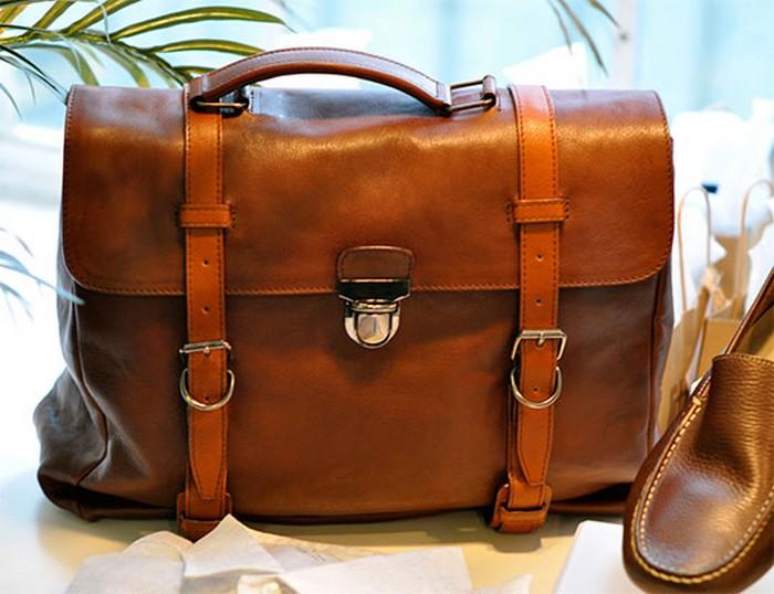 91709883 50 stilnuyh sumok dlya muzhchin sezona osenzima 2012 2 50 стильных  сумок для мужчин сезона. Стильные сумки ... 31367cb68f3e7