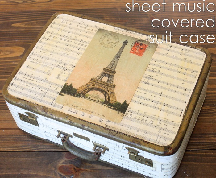 sheet music covered suit case with Eiffel Tower on Graphics Fairy (700x577, 156Kb)