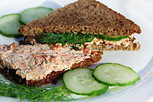 3472645_smoked_salmon_spread (600x402, 185Kb)