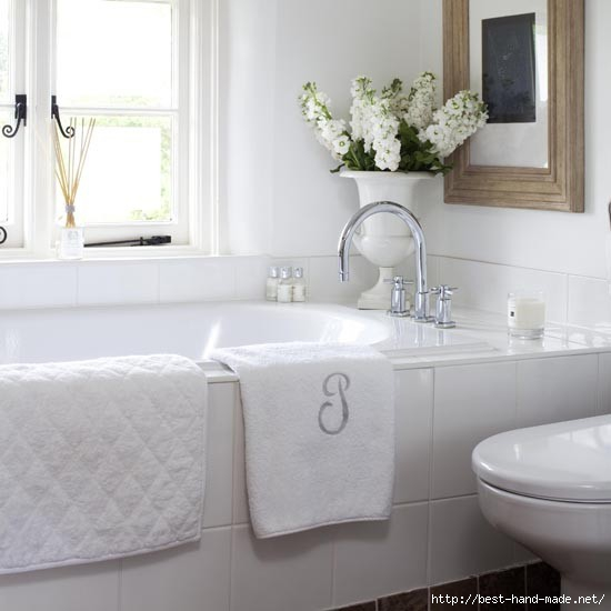 Bathroom--traditional-built-in-bath--25-Beautiful-Homes (550x550, 92Kb)
