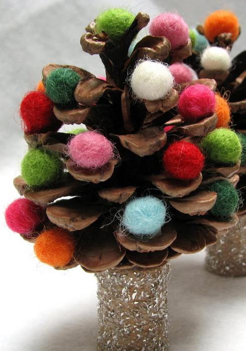 decora en navidad con piñas tutorial-for-my-pinecone-christmas via thewoolacorn (490x700, 138Kb)