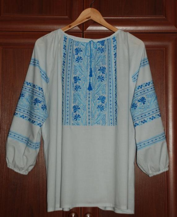 Вышивка крестиком блузки