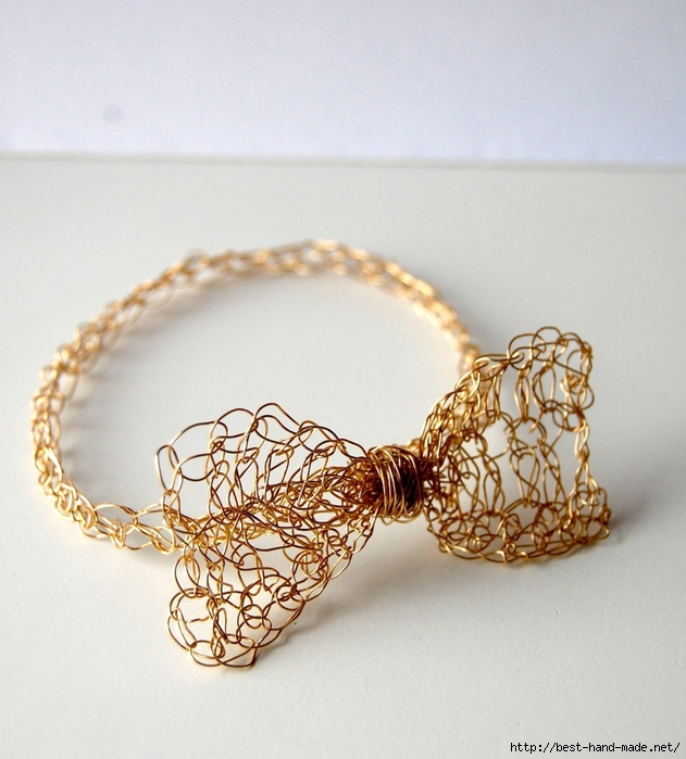 Gold-Crochet-Bow-Bracelet (631x700, 277Kb)