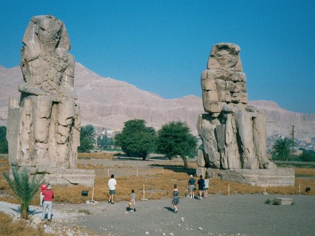 Egypt.ColossiMemnon.03 (640x480, 52Kb)