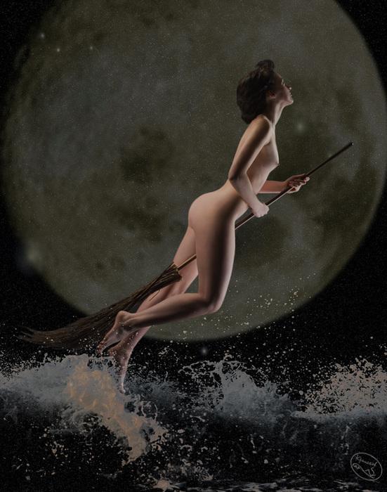 эротика ведьма на метле умеет