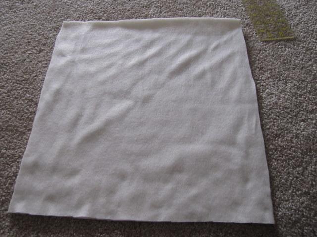 подушка с розами из фетра (3) (640x480, 80Kb)