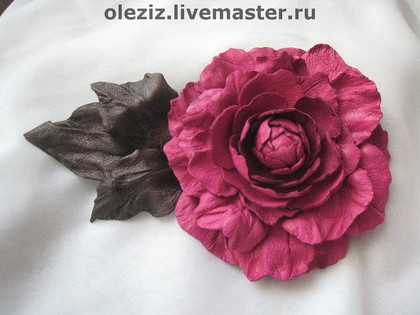 1362672787_63d2539646ukrasheniyarozaizkozhiadelina (420x315, 46Kb)