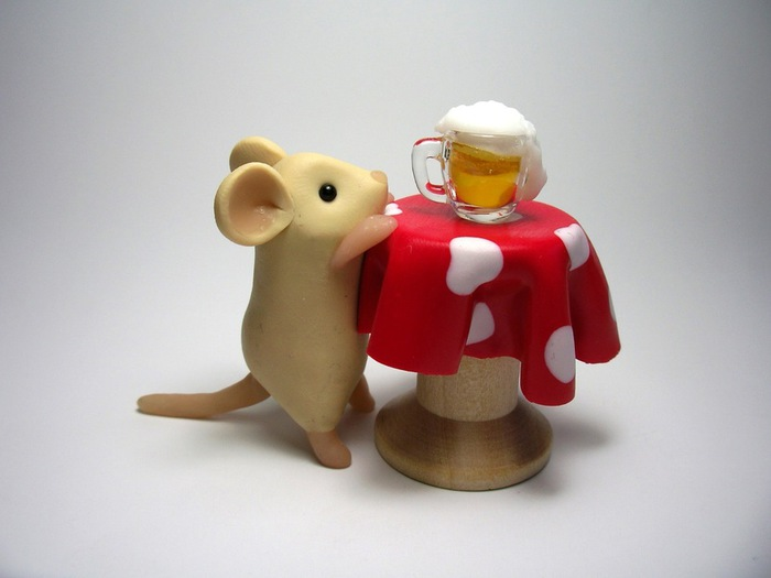 mouse_and_beer (700x525, 54Kb)