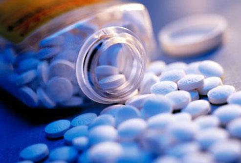 3352215_getty_spilled_aspirin_bottle (493x335, 30Kb)