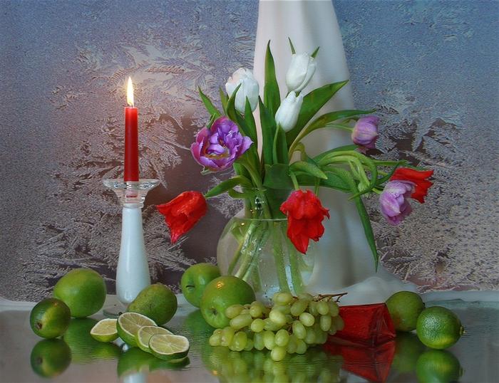 Натюрморты цветочно - фруктовые 583463 (700x538, 251Kb)