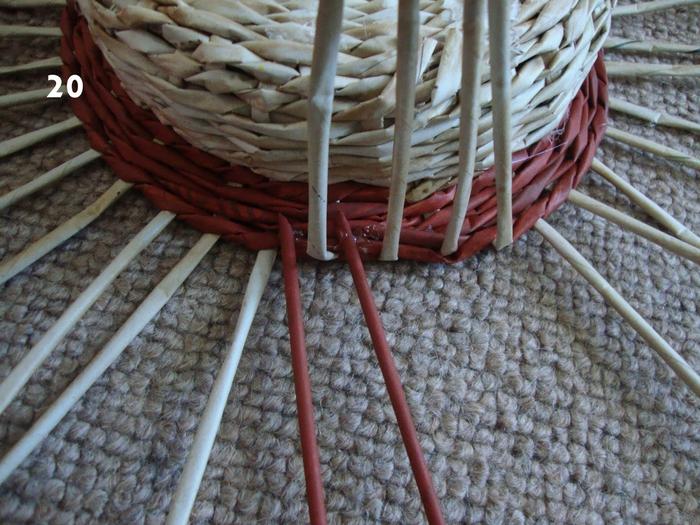 Плетение из газет. Объемная вазочка для фруктов (18) (700x525, 329Kb)