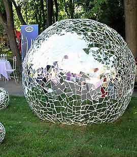 Декоративные шары из цемента для сада. Идеи и мастер-класс (24) (270x309, 24Kb)