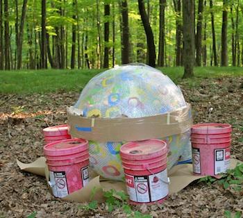 Декоративные шары из цемента для сада. Идеи и мастер-класс (38) (350x314, 71Kb)
