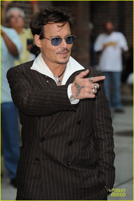 johnny-depp-lone-ranger-promotion-on-letterman-04 (468x700, 73Kb)