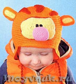 Веселая шапочка Тигра для мальчика крючком