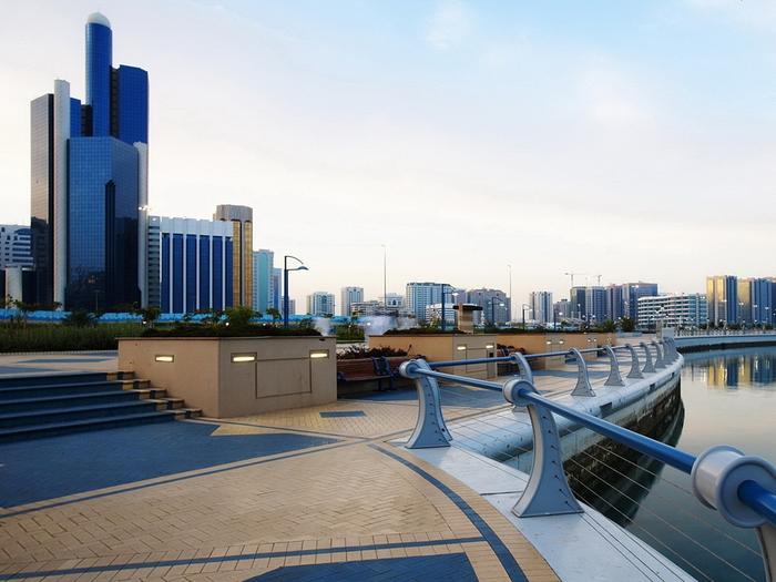 Cities_Abu_Dhabi_032415_ (700x525, 309Kb)
