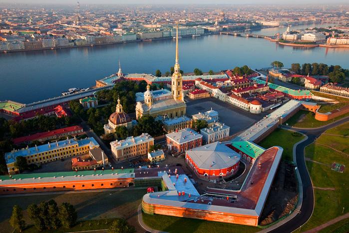 http://img1.liveinternet.ru/images/attach/c/8/125/261/125261883_4622790_Arhitektyrnii_ansebl.jpg