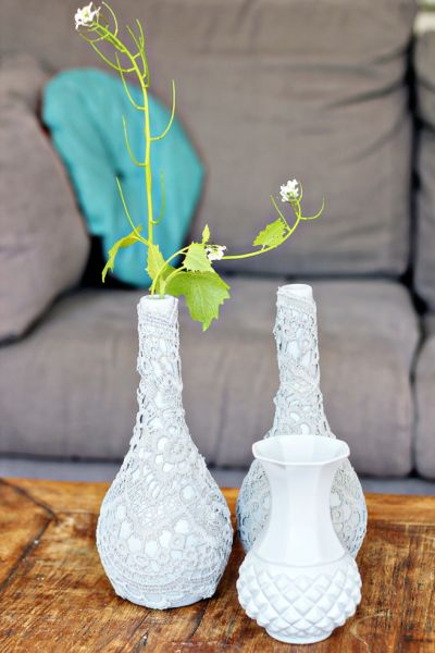 Декорирование вазочек для цветов кружевом (2) (400x600, 164Kb)