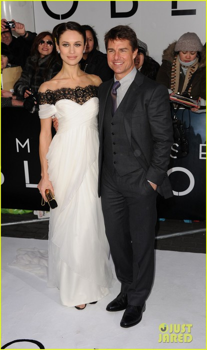 tom-cruise-olga-kurylenko-oblivion-uk-premiere-09 (414x700, 64Kb)