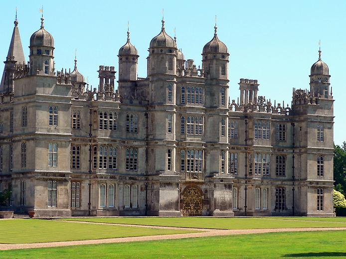 Burghley_House_west_front_c1580-0 (694x520, 71Kb)