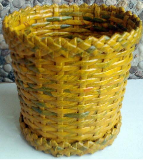 Плетение из газет. Мастер-класс и примеры применения фигурной косички (16) (482x539, 712Kb)
