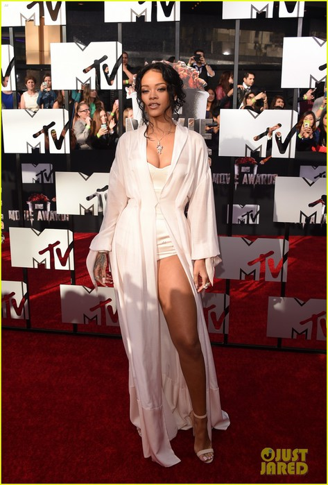 rihanna-mtv-movie-awards-2014-07 (473x700, 94Kb)