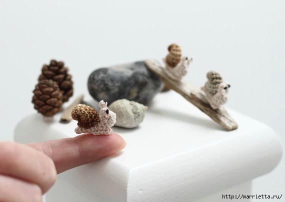 Миниатюрные игрушки амигуруми от FancyKnittles (23) (570x404, 63Kb)