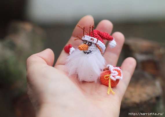 Миниатюрные игрушки амигуруми от FancyKnittles (45) (570x404, 91Kb)