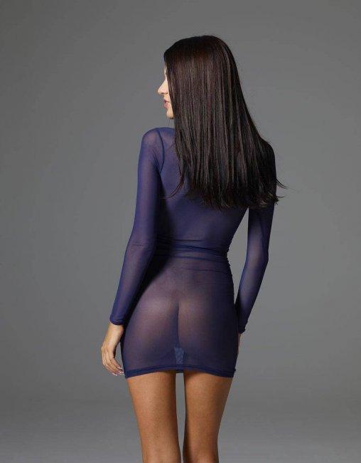 Попка в прзрачном платье