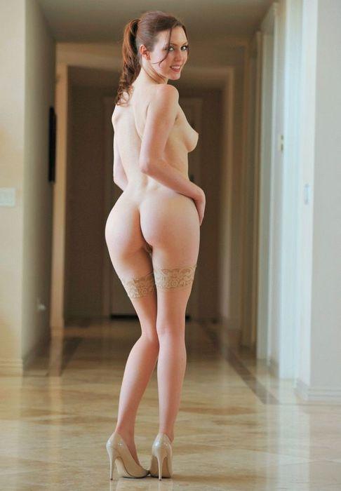 Nakedopen legs — pic 10