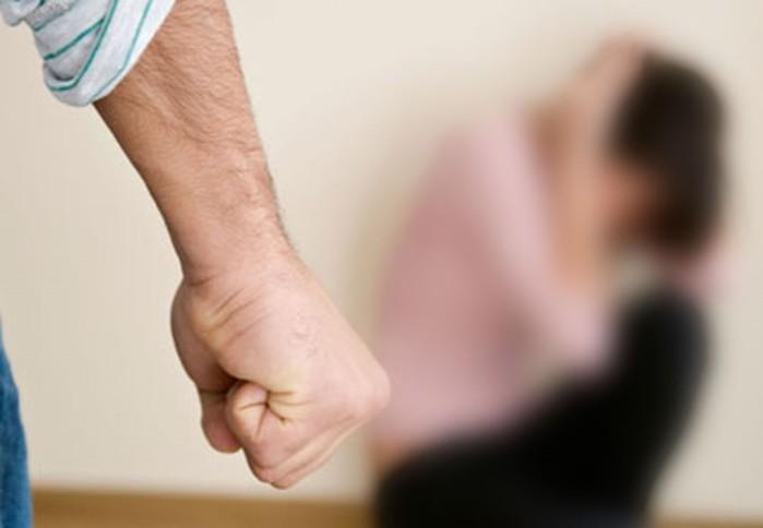 Жестокость и насилие в семье: признаки мужа тирана