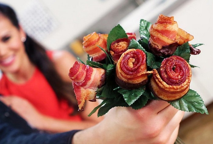 Инструкция, как сделать розы из бекона