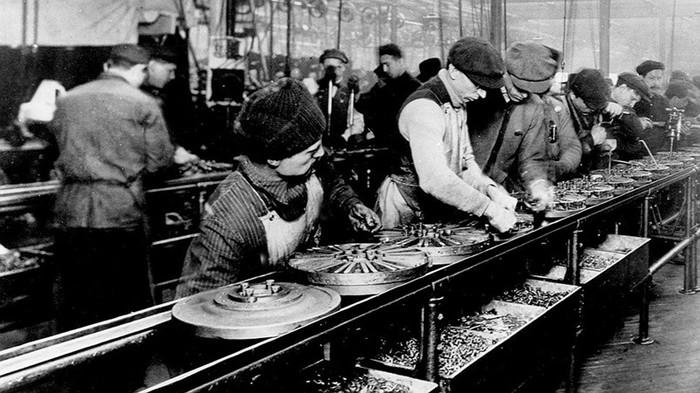 Первый конвейер придумал не Генри Форд, а Рансом Олдс