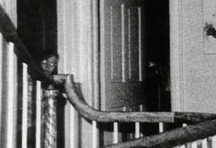 Мистические фотографии с призраками