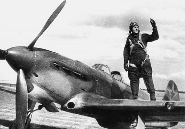 Иван Калабушкин: советский летчик, который сбил 5 фашистских самолетов 22 июня 1941 года
