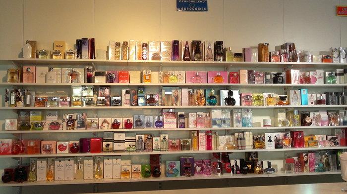 купить косметику и парфюмерию оптом в москве дешево