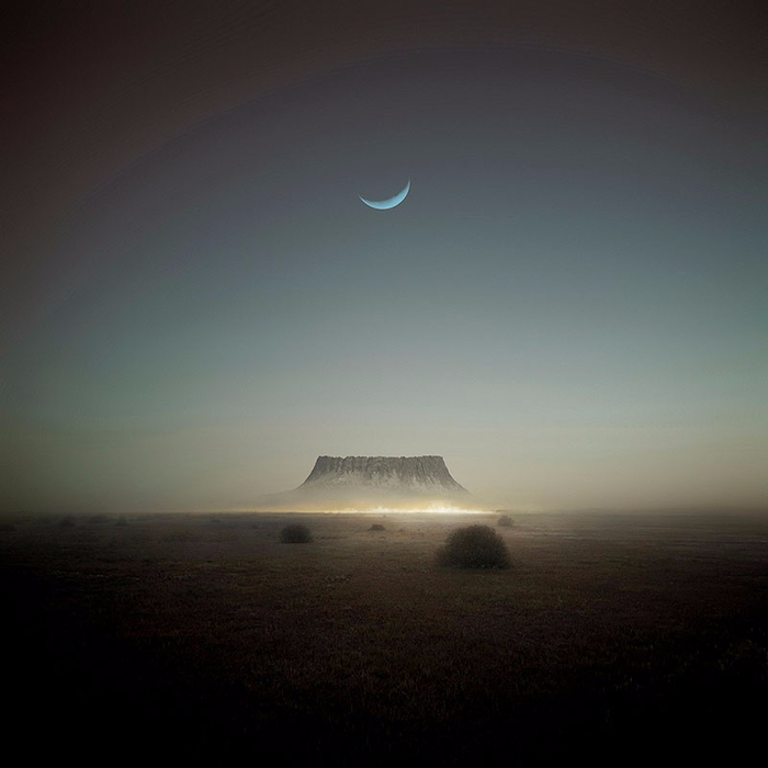 incredible-digital-artwork-michal-karcz-1 (700x700, 219Kb)