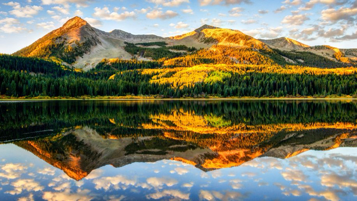 Autumn-colors-in-Colorado-Kebler-Pass-high-mountain-Lost-Lake-Autumn-Hd-Wallpaper-for-Desktop-1920x1200-915x515 (700x393, 411Kb)
