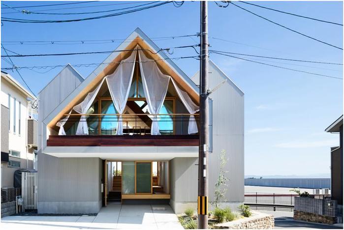 Необычный дом в Киото, гармонично связанный с окружающей средой