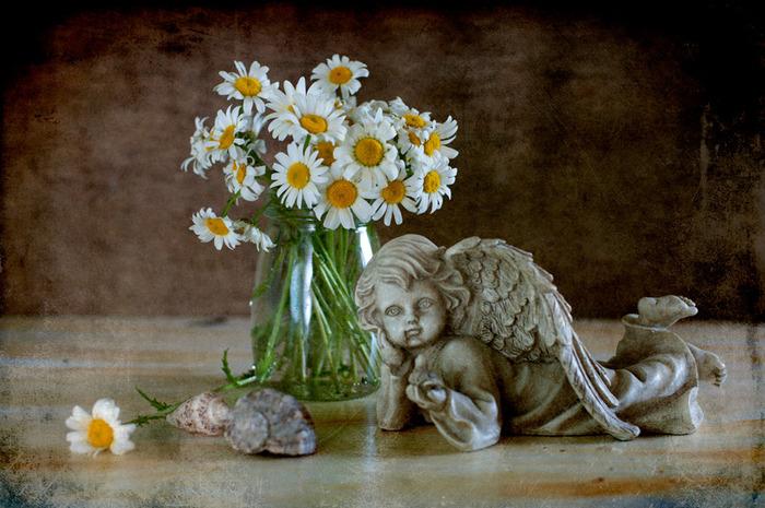 Картинка цветы и ангел