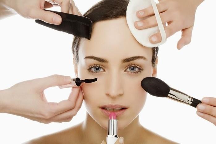 Самые бесполезные косметические продукты— косметика, на которую не стоит тратить деньги