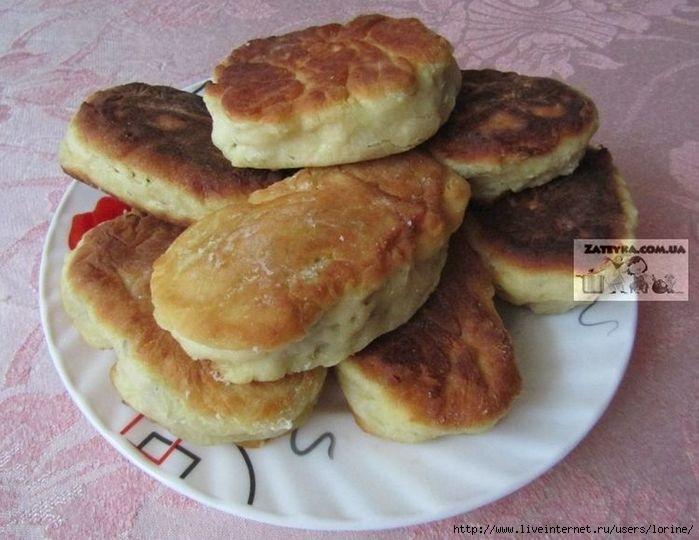 Пышные пирожки на кефире жареные